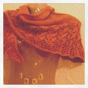 [hoto of yellow lace shawl